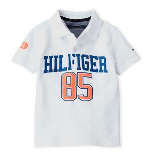 Új, címkés Tommy Hilfiger gyermekruha, kisfiú felső. Fehér galléros Hilfiger feliratú rövid ujjú póló.