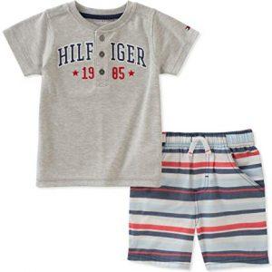 Új, címkés Tommy Hilfiger márkás babaruha, kisfiú kétrészes szett.
