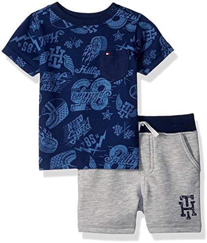 Új, címkés Tommy Hilfiger márkás babaruha, kisfiú nyári szett. kétrészes szett, rövid ujjú sötétkék mintás póló, szürke rövidnadrággal.