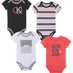 Új, eredeti, címkés, Calvin Klein kisfiú 4db-os bodyszett.